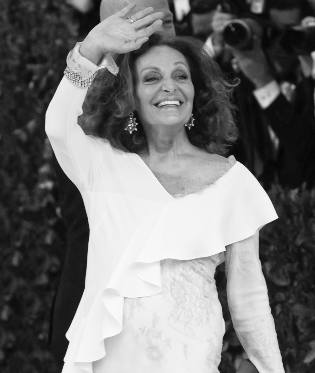 Diane von Furstenberg has reportedly laid off most of its 400-person U.S. staff across and will be moving to an online-focused strategy.