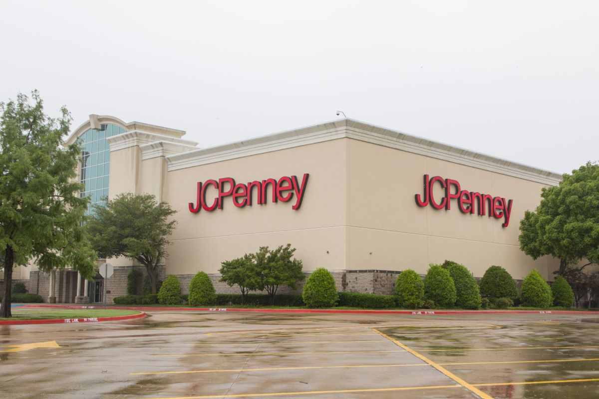 J. C. Penney is starting the first wave of store closures, with 154 locations launching closing sales that could stretch through October.