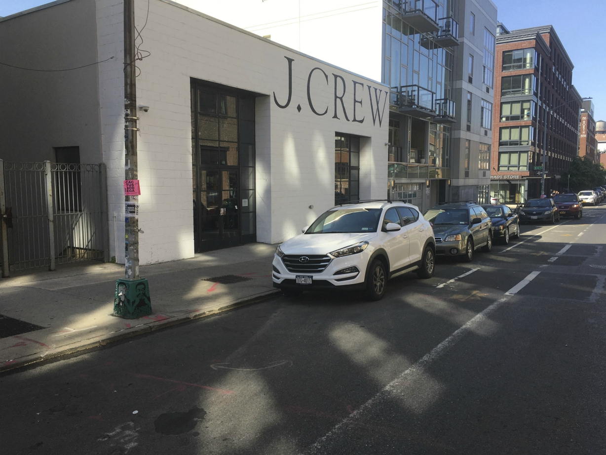 J. Crew had an easy tour through bankruptcy as it looks to exit in early September, unlike other retailers who filed at the same time.