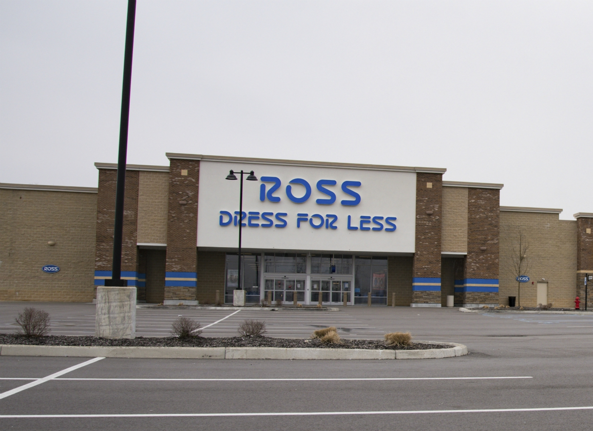 Ross Stores is trying to ramp up inventory levels, impacted by gaps in merchandise availability and staffing issues at distribution centers.