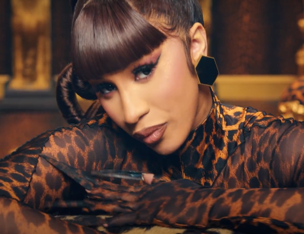 Footwear News' 34-year-old shoe industry awards event will be open to a consumer audience for the first time, honoring stars like Cardi B.