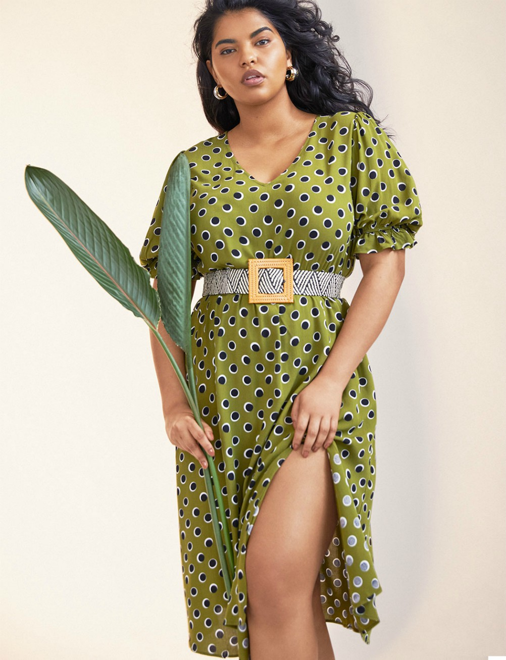Plus-size fashion retailer Eloquii launched its own rental subscription service through CaaStle, giving women size 14-28 a range of choices.