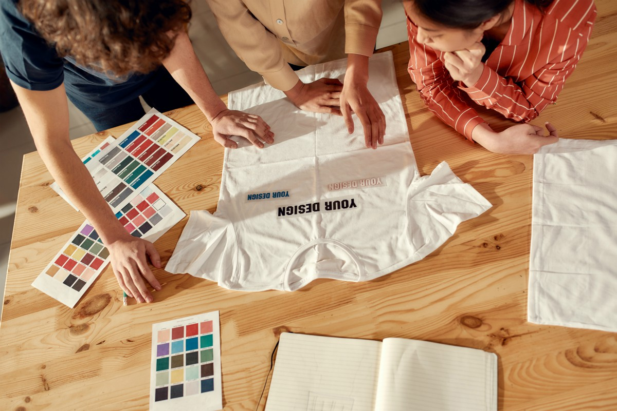 As the demand-led apparel production model picks up steam, Kornit is widening its made-to-order capabilities by acquiring Custom Gateway.