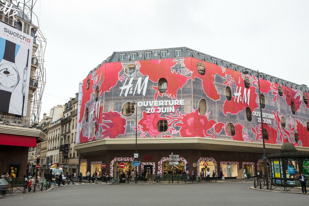 Pandemic or no pandemic, H+M, Primark and Nike must ensure that their garment workers are compensated in full, Clean Clothes Campaign said.