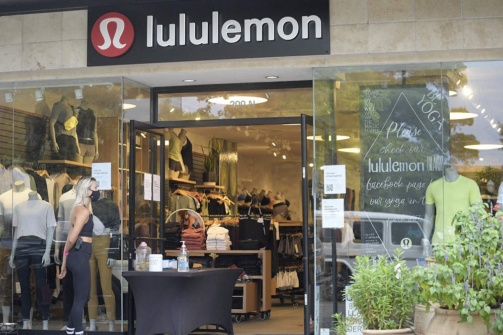 Lululemon Athletica Inc. saw net revenue for the second quarter ended Aug. 2 increase 2 percent year over year to $902.9 million.