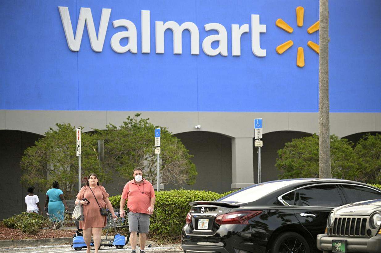 Walmart's Supercenter operating model shifts to a team approach, while Amazon's digging deeper on last-mile delivery via neighborhood hubs.