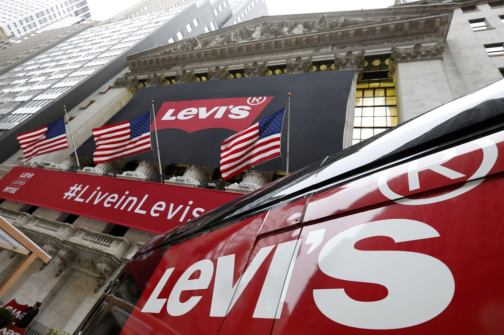 """Denim giant Levi Strauss reported a """"bounce-back"""" third quarter, """"delivering profitability and strong cash flow"""" despite Covid disruption."""