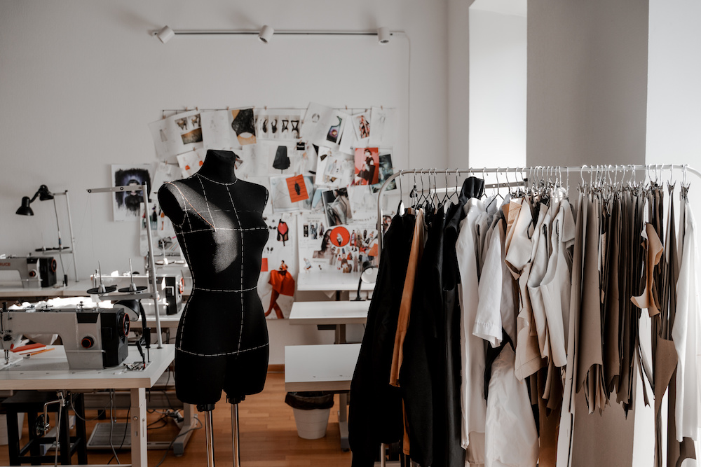 As fashion faces up to its excess inventory problem, manufacturers should consider offering the option of lower minimum order quantities.