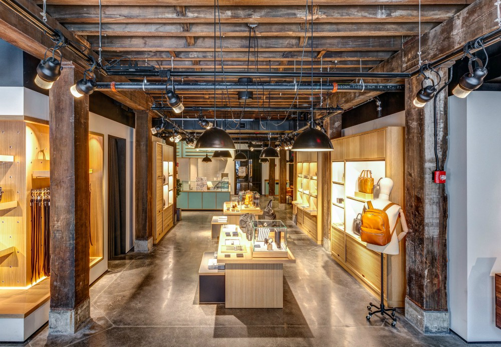 American Field pops up in Brooklyn's waterfront Dumbo neighborhood with an October brand curation catering to holiday-minded shoppers.