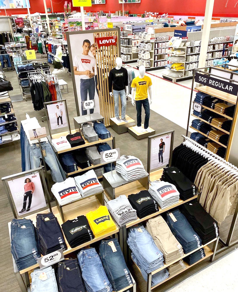While Levi's expands its physical retail footprint into more Target stores, consumers are turning to Levi's e-commerce on a mission to buy.