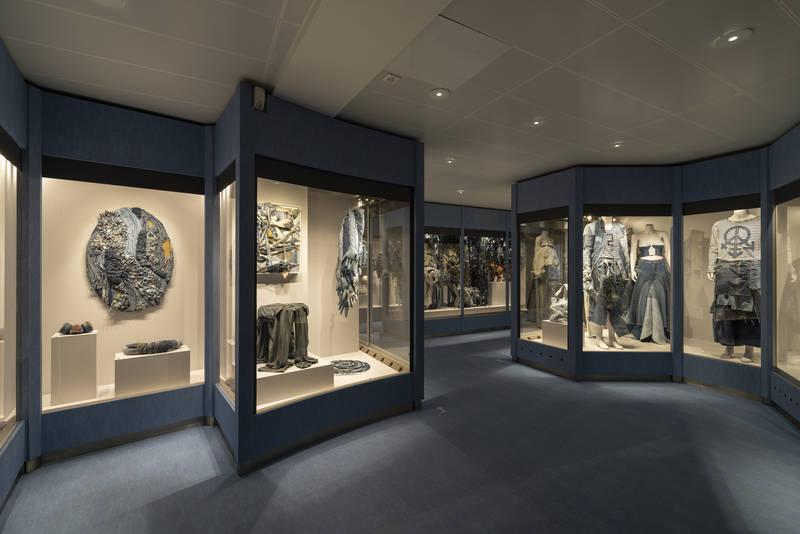 Denim exhibit Spielzeug Welten Museum Basel