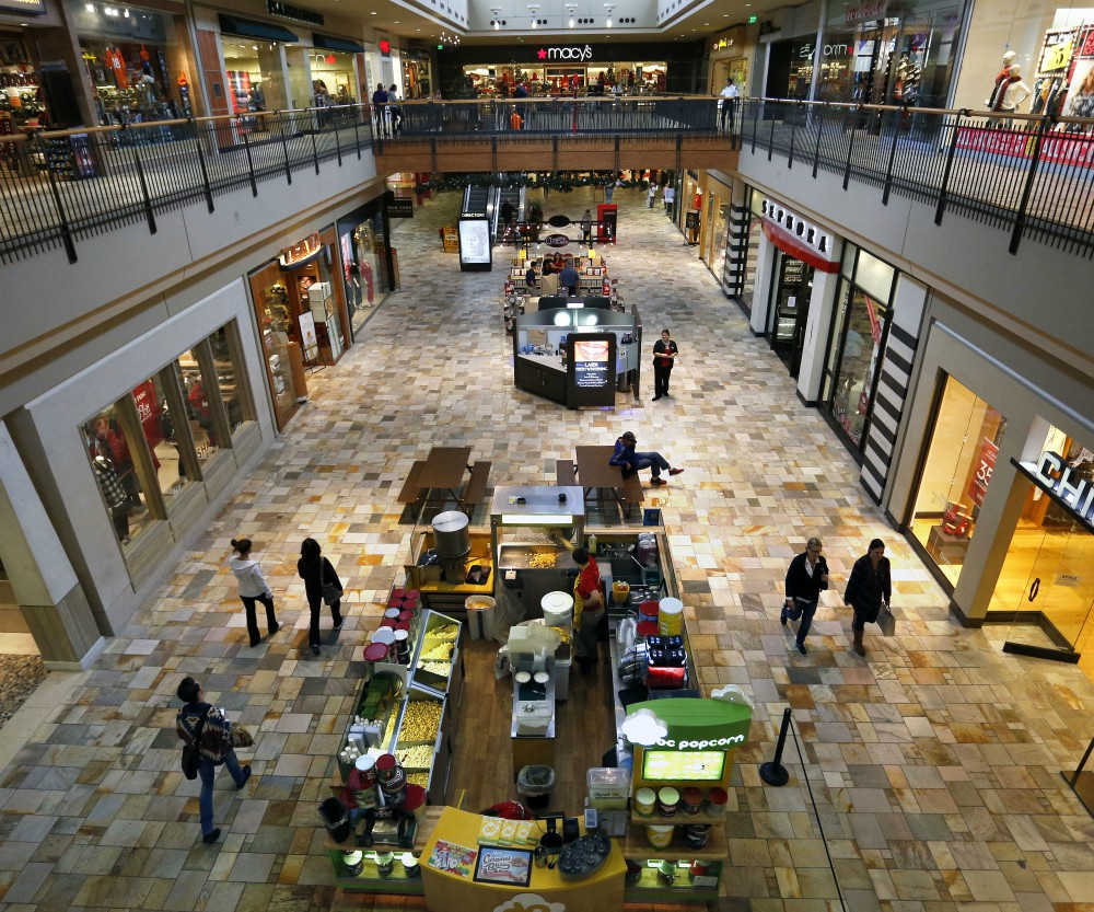 As retailers' sales start to reach 90 percent of pre-Covid levels, shopping mall owner Macerich has seen interest in new leases grow.
