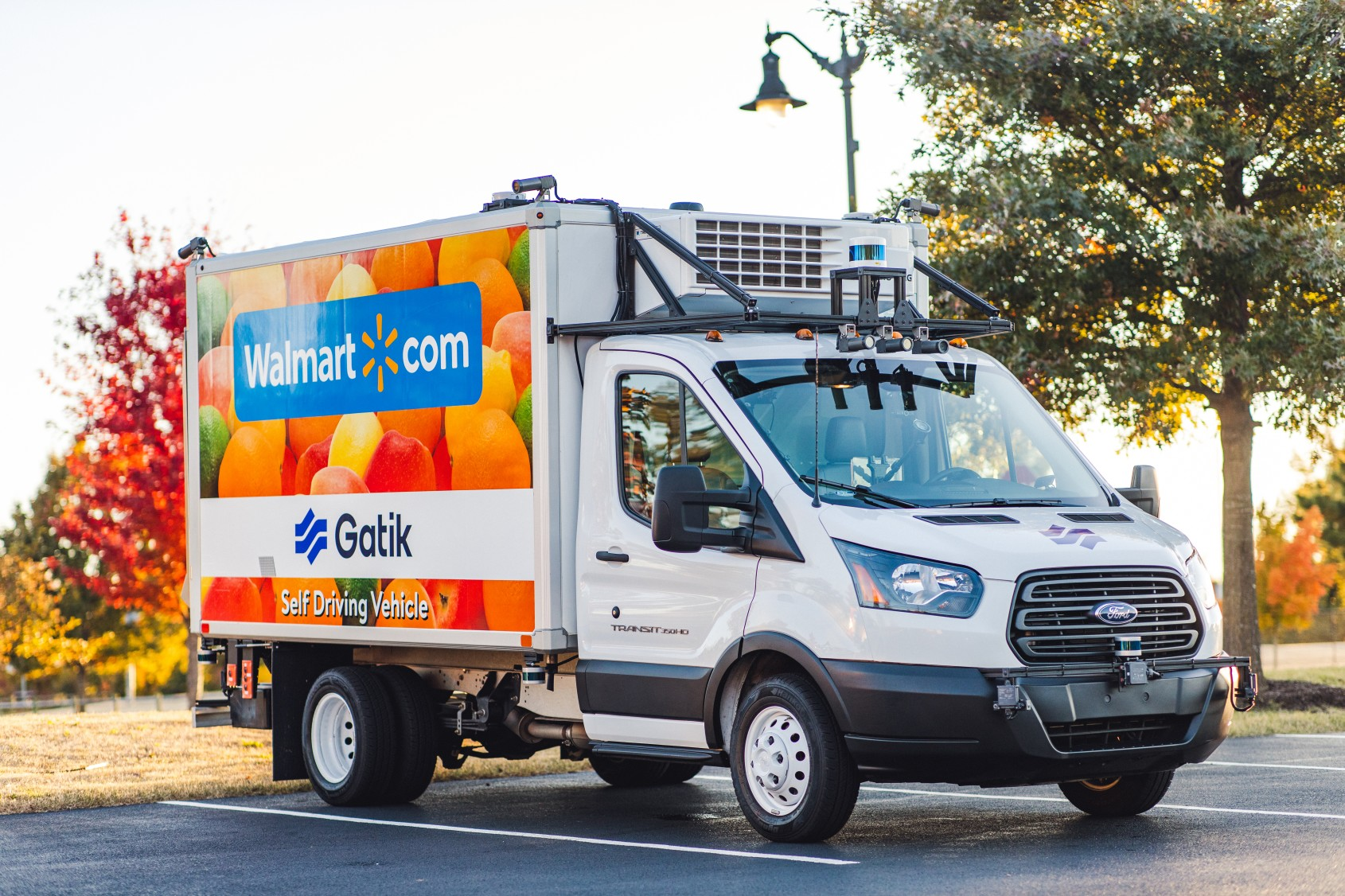 Teaming with self-driving delivery network Gatik, Walmart will test the company's autonomous box trucks without a driver for the first time.