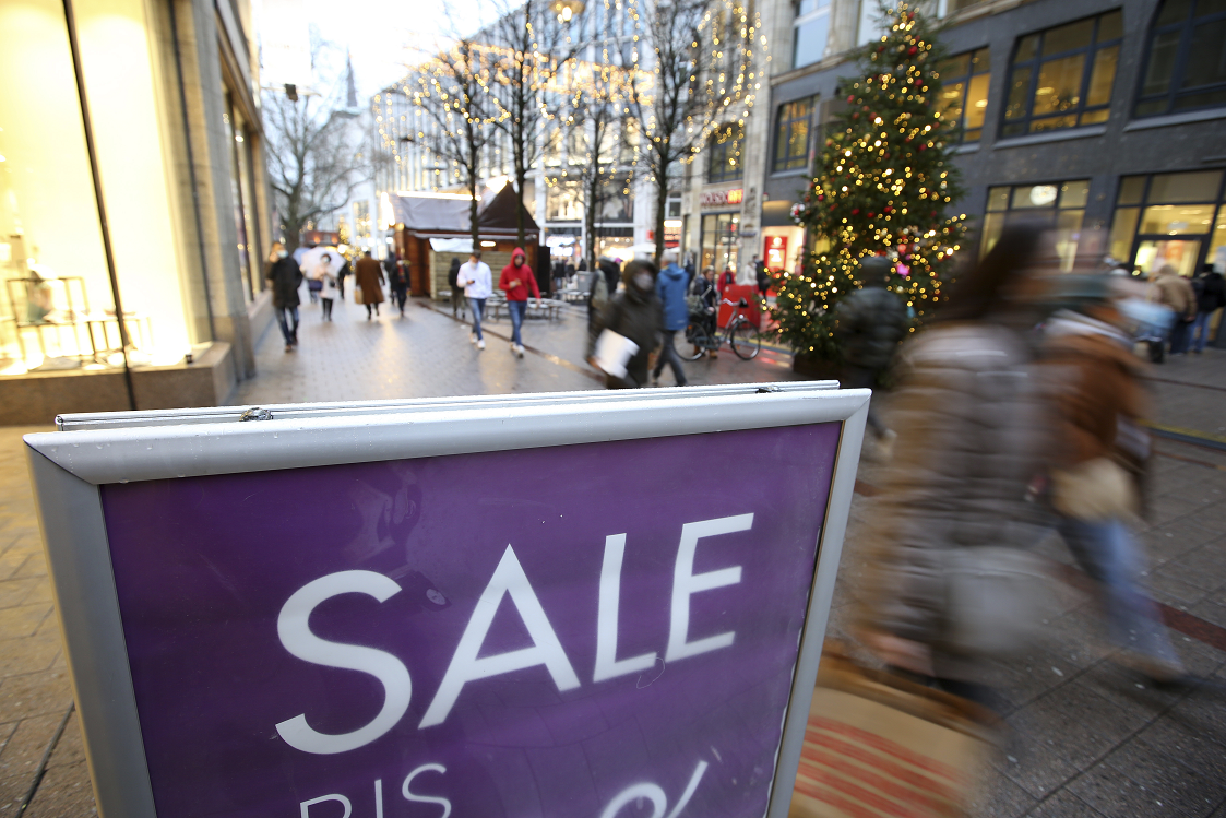 Retail sales increased 3 percent year over year in the week of Dec. 6-12, up from a Cyber Week that saw sales dip 3 percent, NPD Group said.