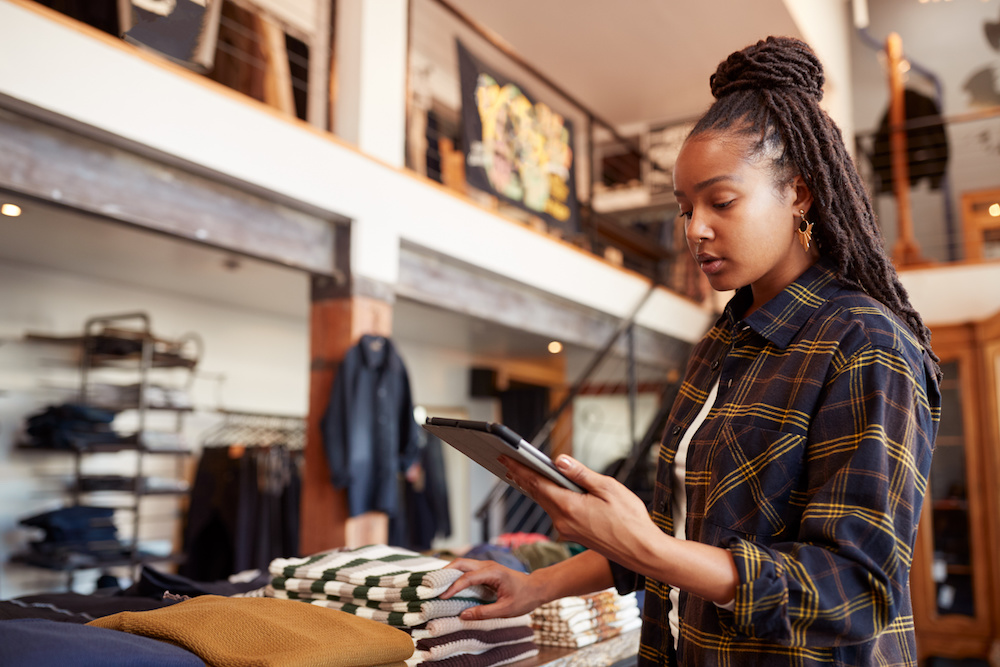 Retail is more digitized than ever before. But powering front-end customer experiences requires connectivity and visibility on the backend.