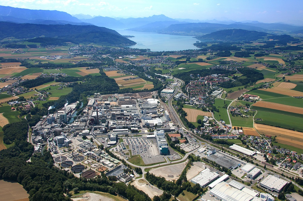 Fiber maker Lenzing revealed plans for Upper Austria's largest ground-mounted photovoltaic plant on an area of around 55,000 square meters.