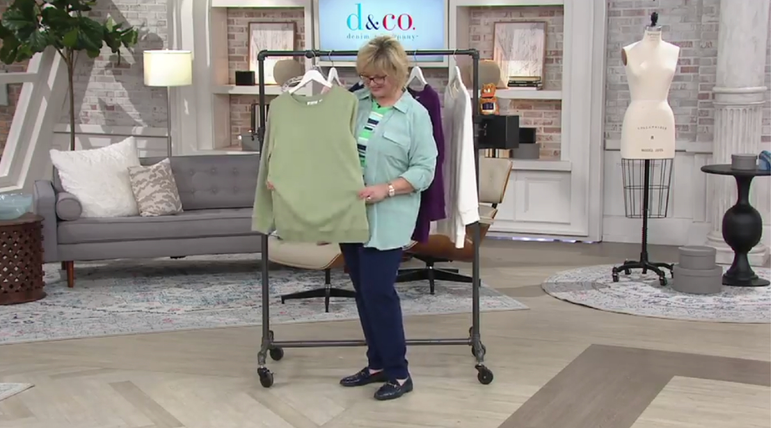 QVC begins live TV streaming its shopping shows on YouTube, in a bid to attract new consumers while serving existing customers, it said.