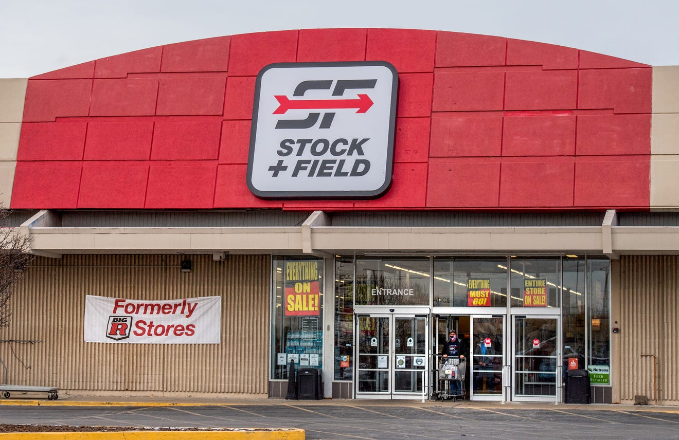 Stock+Field is closing all of its locations, with products from Under Armour, Wolverine, Wrangler, Lee liquidated at significant discounts.