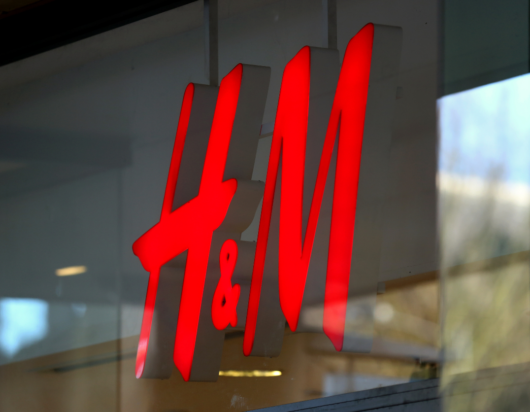 Hennes + Mauritz faces a Russian probe from December over $42 million in customs duties after it paid the alleged unreported amount.