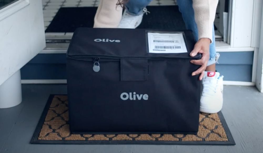 """Olive lets consumers bundle their assorted e-commerce orders at """"consolidation hubs"""" for weekly deliveries, reducing waste and emissions."""