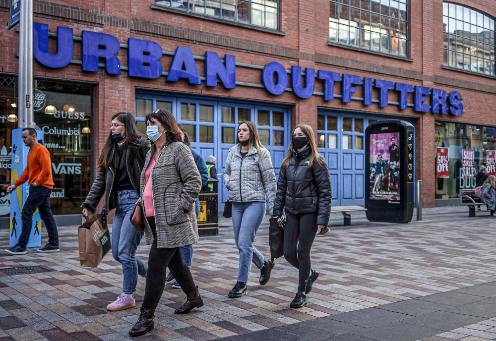 Urban Outfitters predicted it will see steady sales improvement in the first quarter compared to two years ago.
