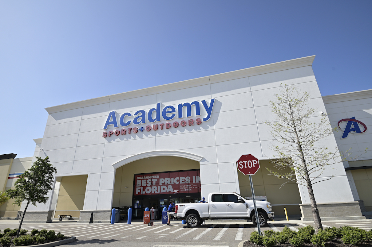 Academy Sports + Outdoors saw fourth-quarter net sales jump 16.6 percent to $1.6 billion, while net income soared to $91.5 million.