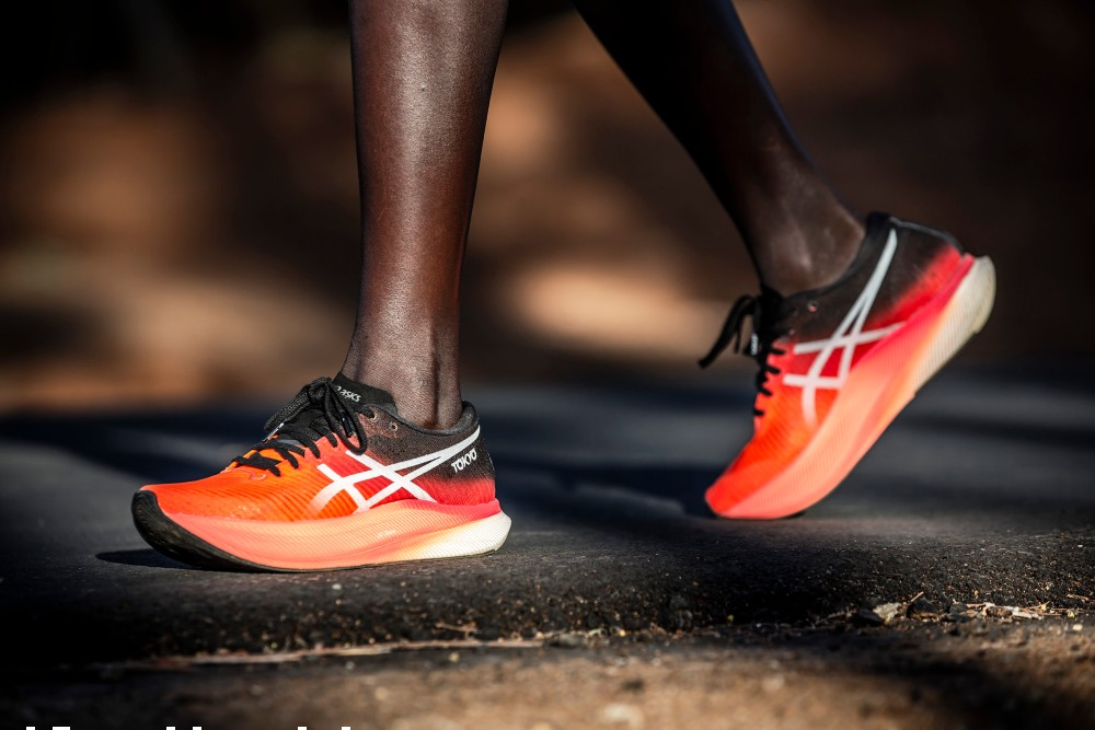 Asics unveiled its new Metaspeed Sky and Metaspeed Edge sneakers at its virtual Innovation Summit.