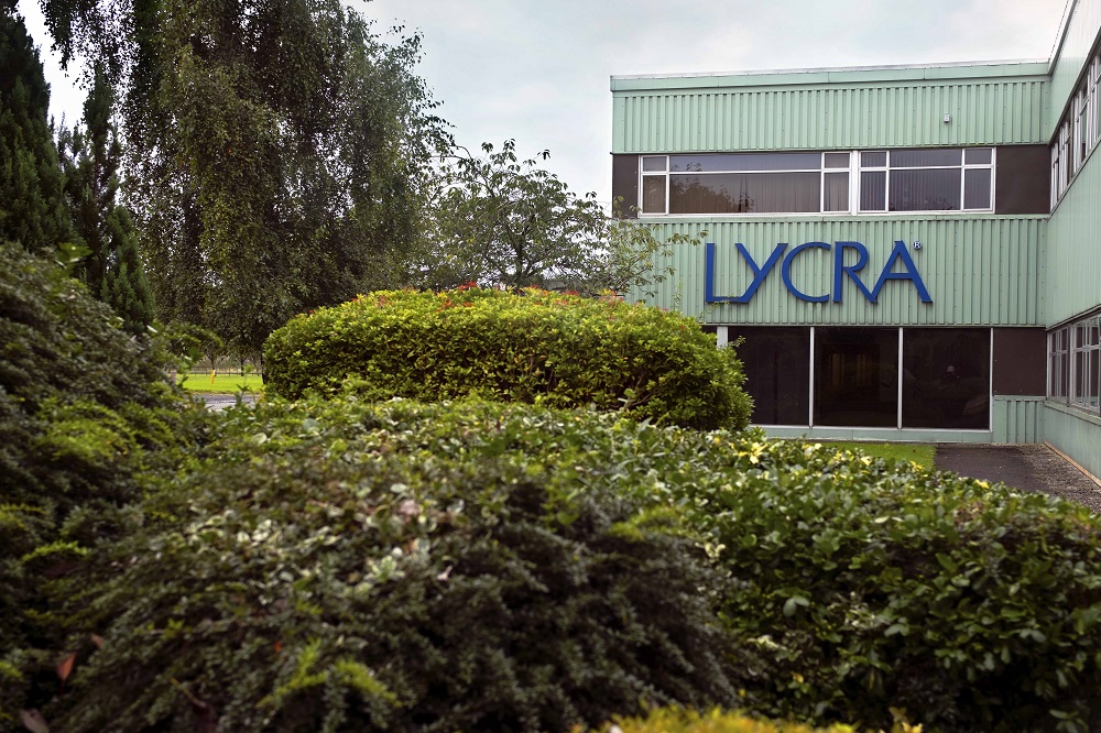 In a major sustainable production achievement, the Lycra Company has completed the Higg FEM at all of six of its Lycra manufacturing sites.