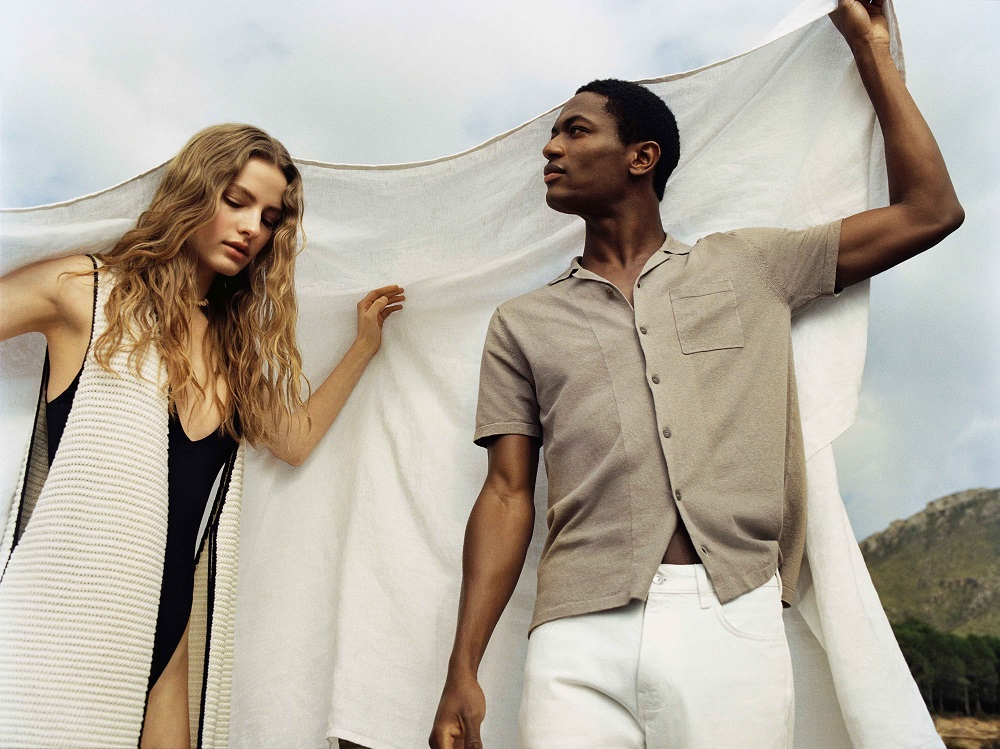 Both Hennes and Mauritz and Mango have made sourcing sustainable materials a top priority, in addition to reducing waste and plastic usage.
