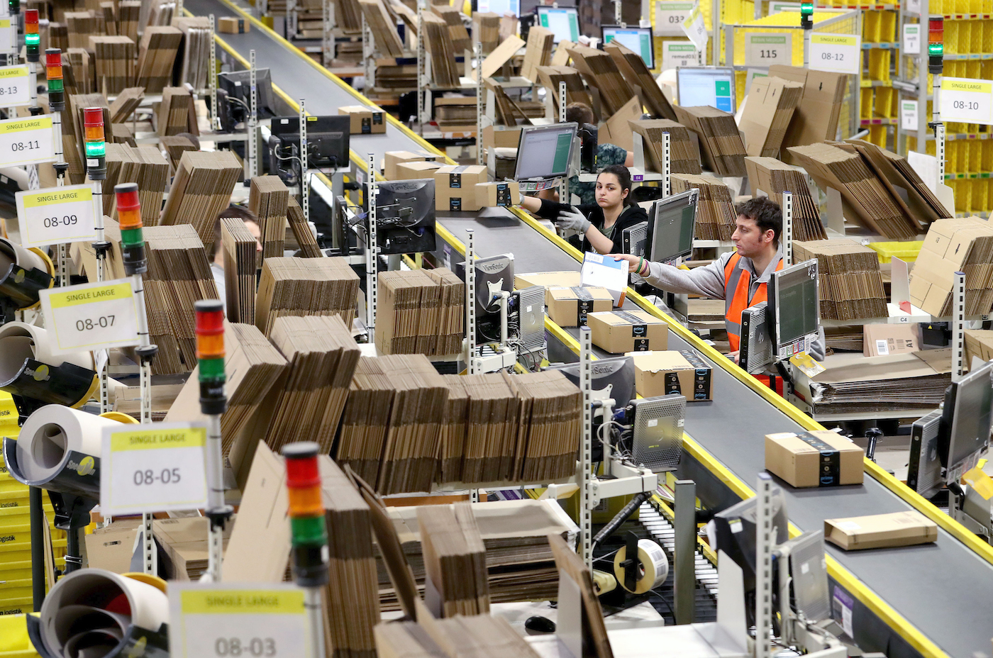 As e-commerce orders soar, 56 percent of retailers say fulfilling growing online demand is their top business challenge, an RSR survey says.