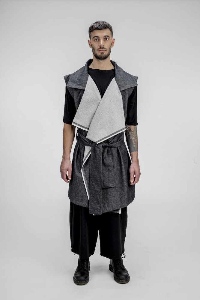Italian brand Zerobarracento added two new denim outerwear styles, a kimono and a vest, featuring sustainable fabric from Berto.