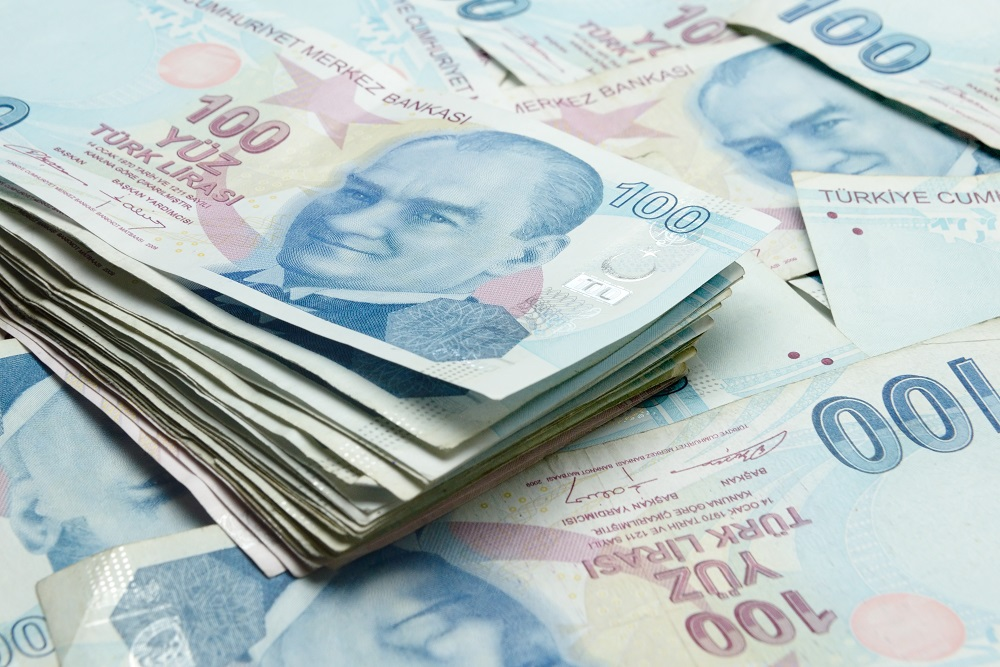 SASA, a major Turkish polyester producer, is investing $330 million to grow its fiber production capacity amid lira fluctuations.