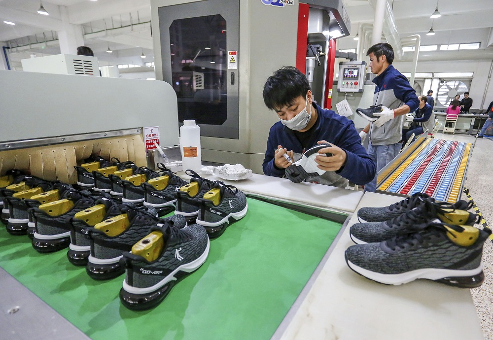 U.S. footwear imports did not step in a new direction as 2021 kicked off, instead remaining in a downward spiral, per FDRA and OTEXA data.