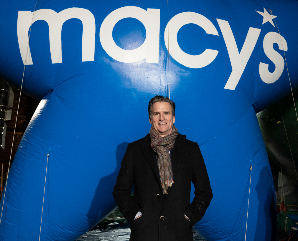 How much do retail CEOs like Macy's Jeff Gennette and Gap Inc.'s Sonia Syngal earn? Proxy statements lay bare all the compensation details.