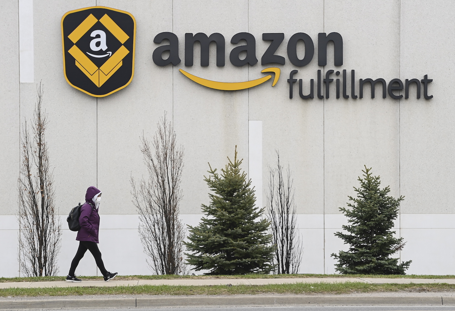 Net sales increased 44 percent to $108.5 billion in the first quarter, compared with $75.5 billion in first quarter 2020, and coming in above Amazon's initial guidance of $100 million to $106 million.