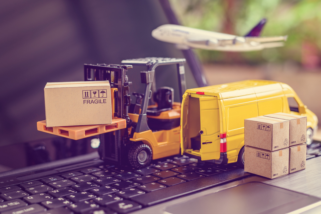 Retailers must invest in advanced digital systems that integrate first-mile and last-mile logistics, says Mercado Labs CEO Robert Garrison.