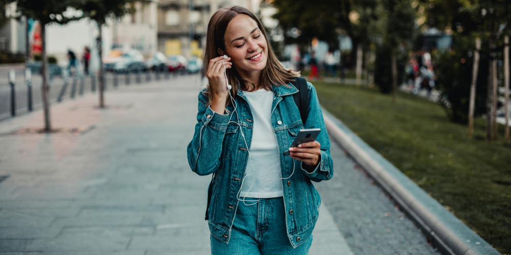 The Denim War is putting jeans front and center for Fall 2021 fashion, and that actually makes it an opportunity for brands and retailers.
