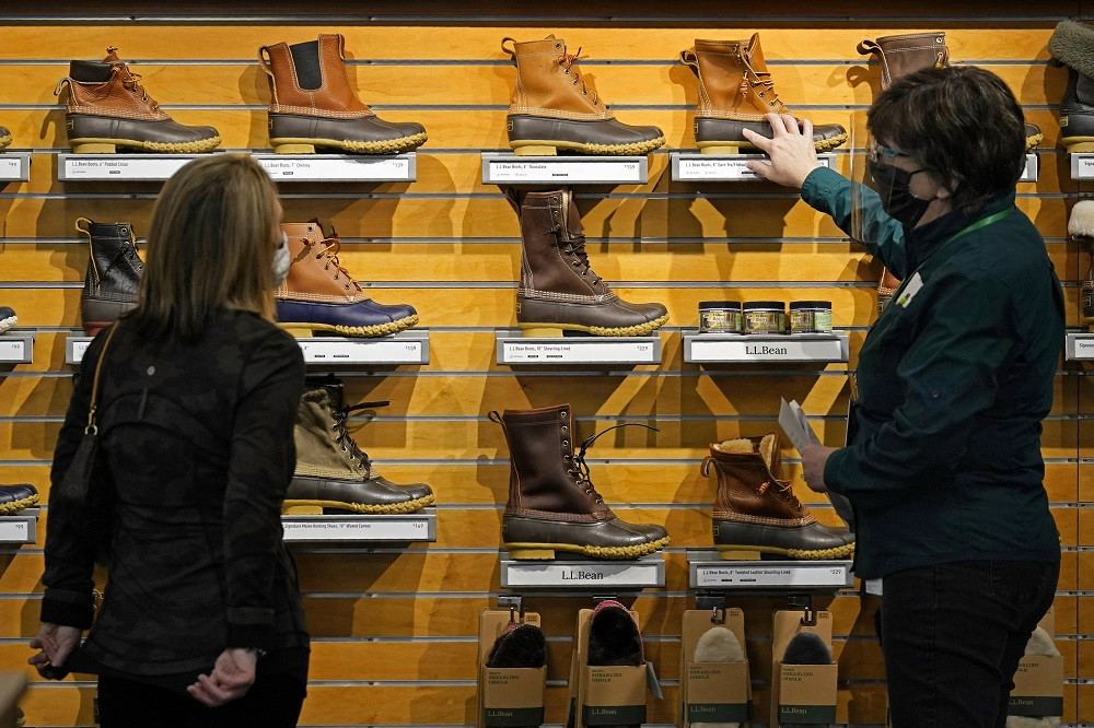 Consumer spending on clothing and footwear fell for the third straight month in May, reflecting a $71.5 billion drop for all goods.