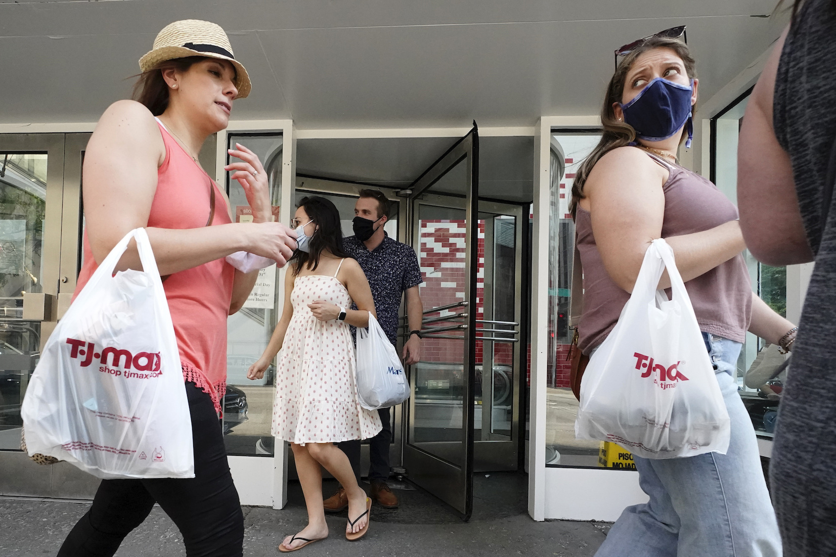 According to data from commerce media platform provider Criteo, U.S. in-store sales transactions increased 8 percent in May 2021 over February 2020, the last month before the Covid-19 pandemic caused non-essential retail stores to shutter worldwide for months at a time amid government lockdowns.