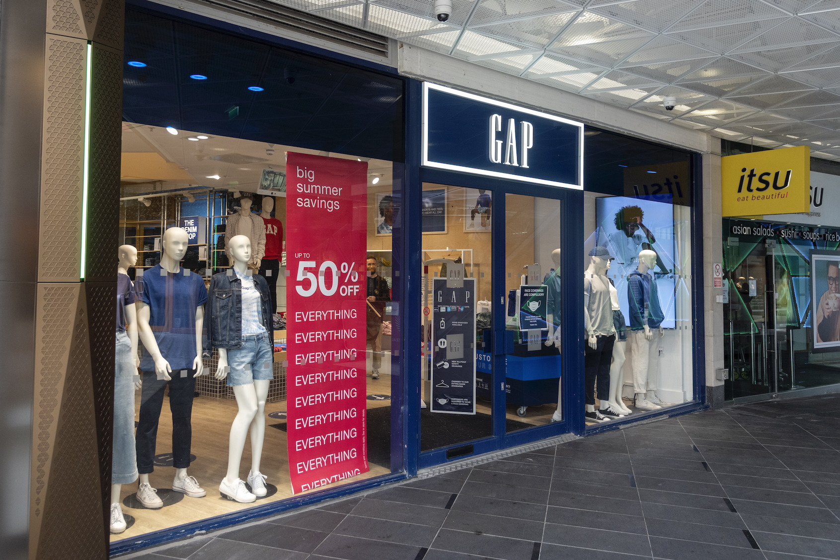 """The GAP store in Islington, London. U.S. fashion giant Gap has confirmed it plans to close all its 81 stores in the UK and Ireland and go online-only. The firm said it would close all its stores """"in a phased manner"""" between the end of August and the end of September."""