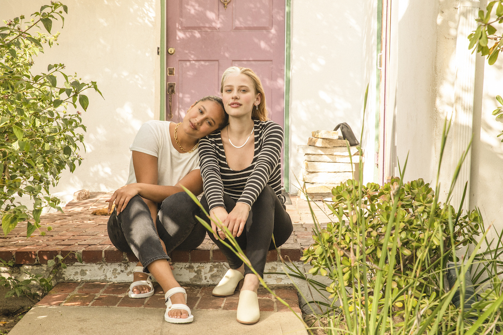 Madewell becomes ThredUp's first partner to launch a fully circular fashion resale model in stores and online.
