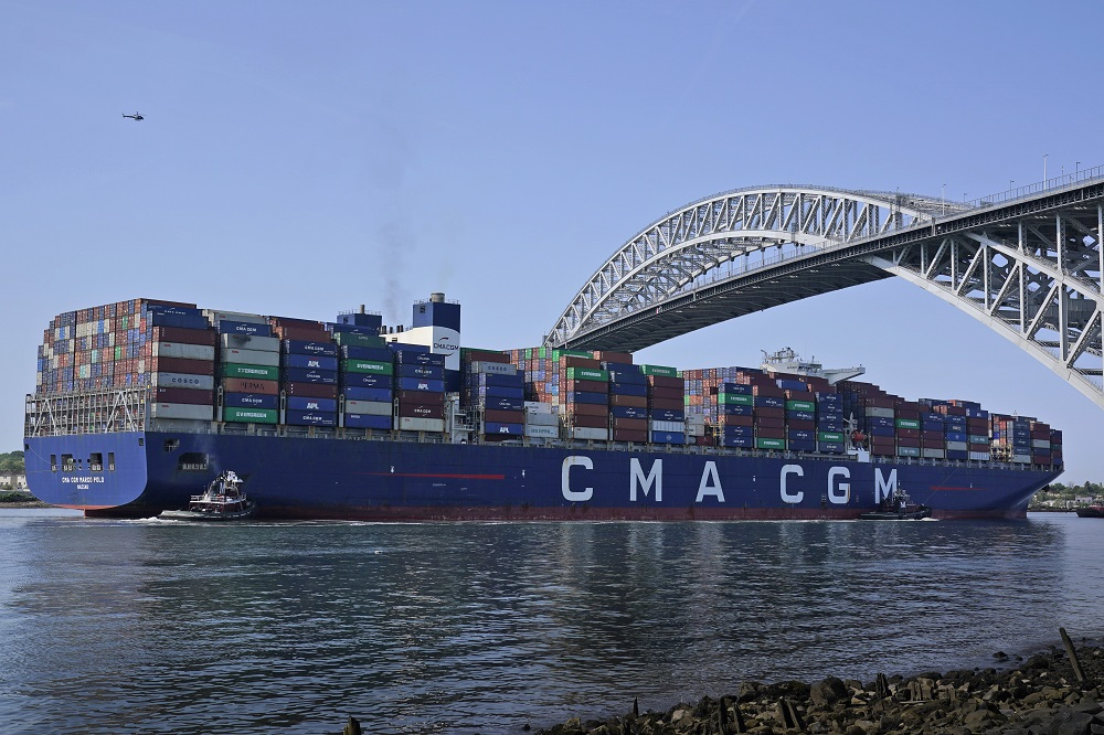 Cargo imports at major U.S. retail container ports are continuing to show double-digit growth, as firms work to meet consumer demand.