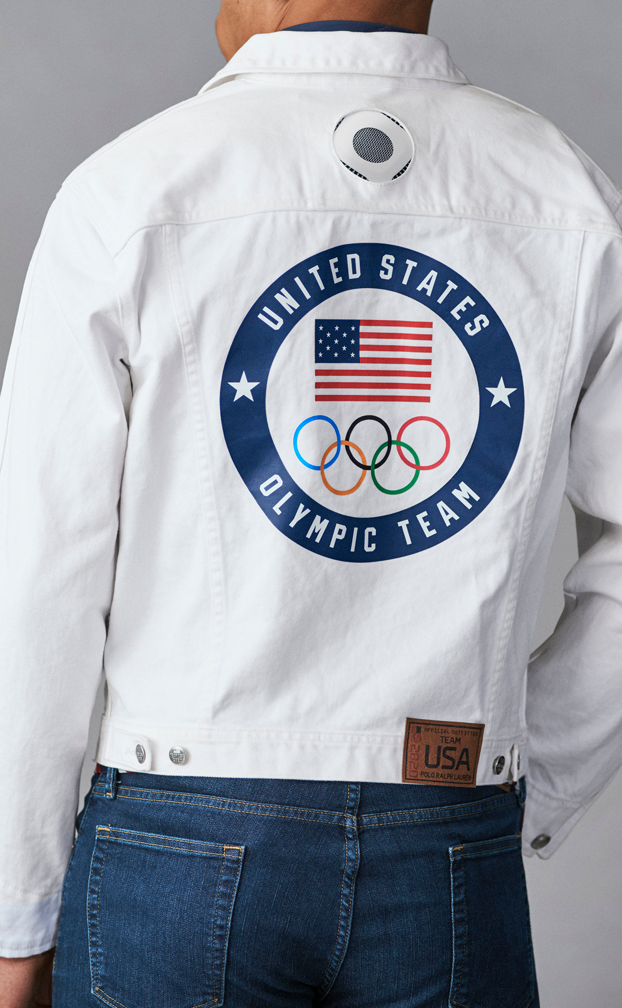 Ralph Lauren added its new RL Cooling wearable technology into the jacket of the Team USA member who will parade with the American flag.