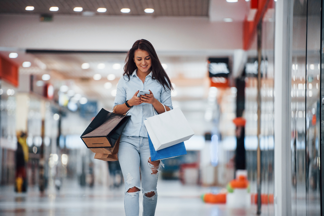 With the holiday shopping season ahead, eyes turn to consumers' willingness to shop against a backdrop of inflation and Delta case spikes.