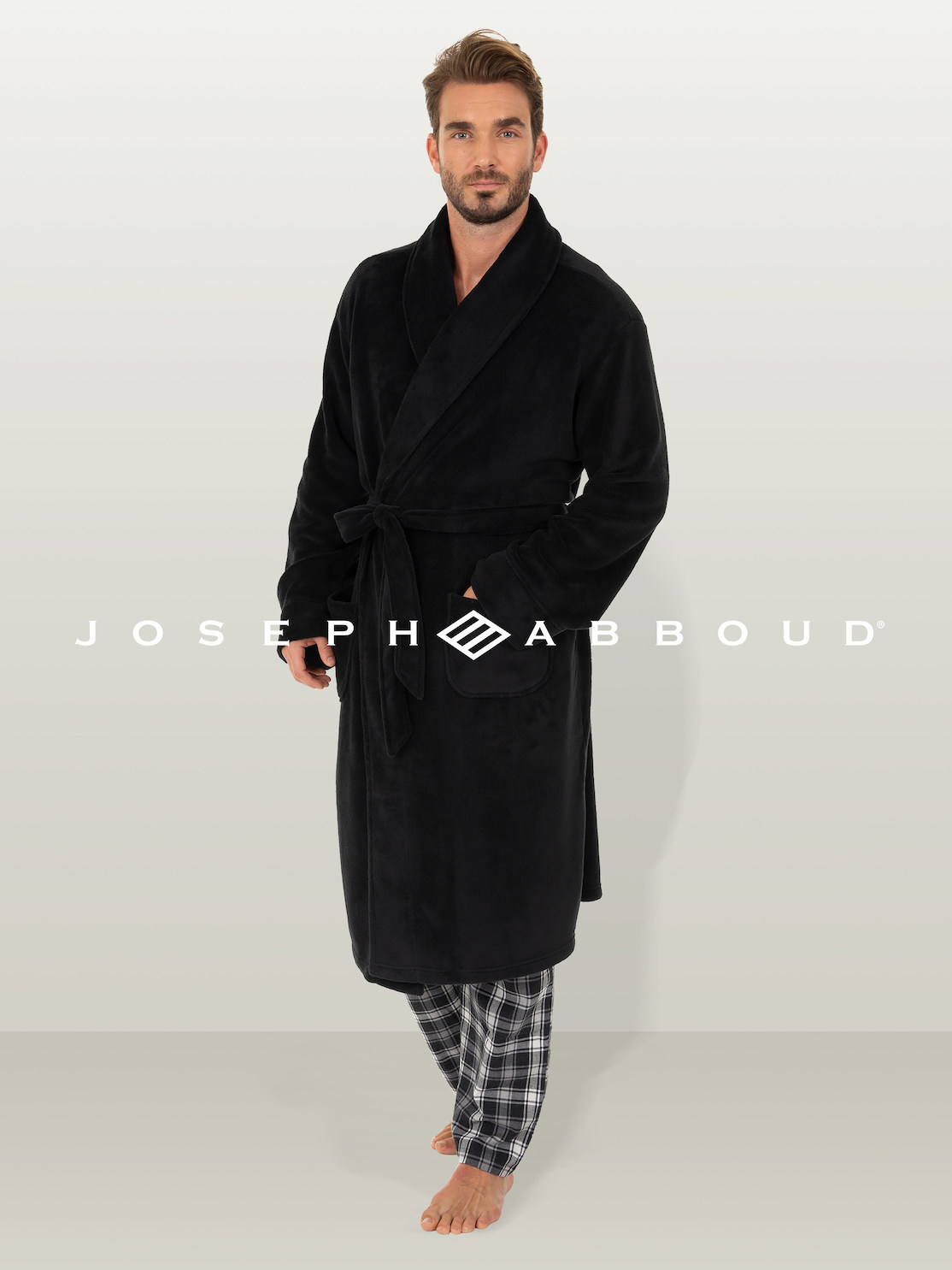 The Joseph Abboud sleepwear and loungewear offering, set for spring 2022, will feature a full line of pajamas, coordinated sleep sets, robes and pajama shorts for men.