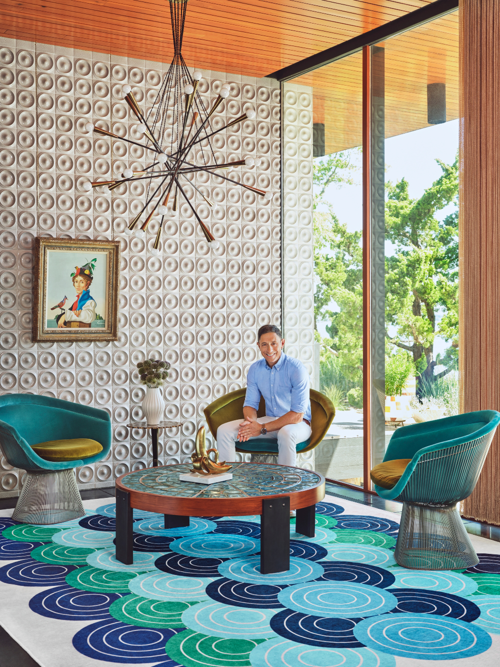 Ruggable joins forces with renowned home goods designer Jonathan Adler for a licensed line, the Jonathan Adler x Ruggable collection.