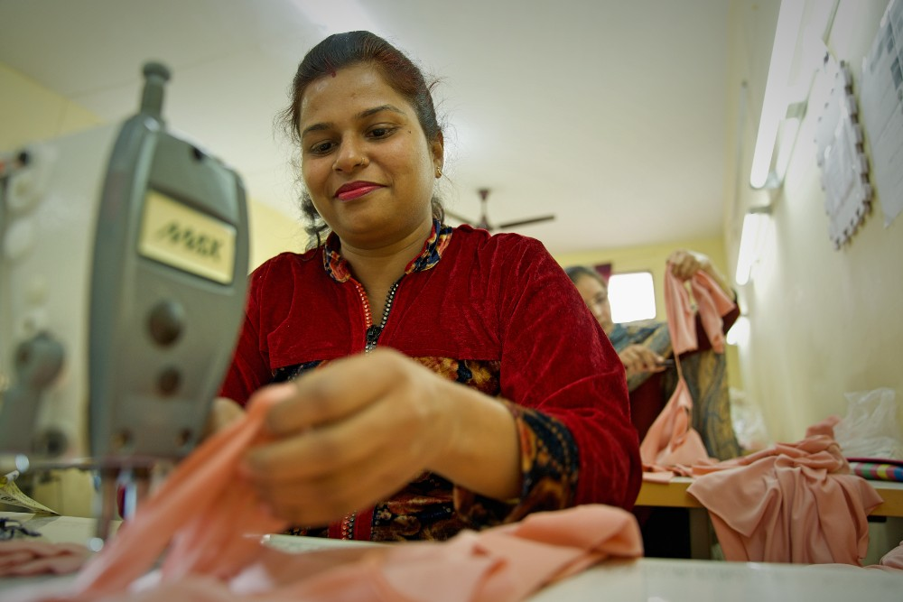 A female garment worker at one of To the Market's Indian factory partners.
