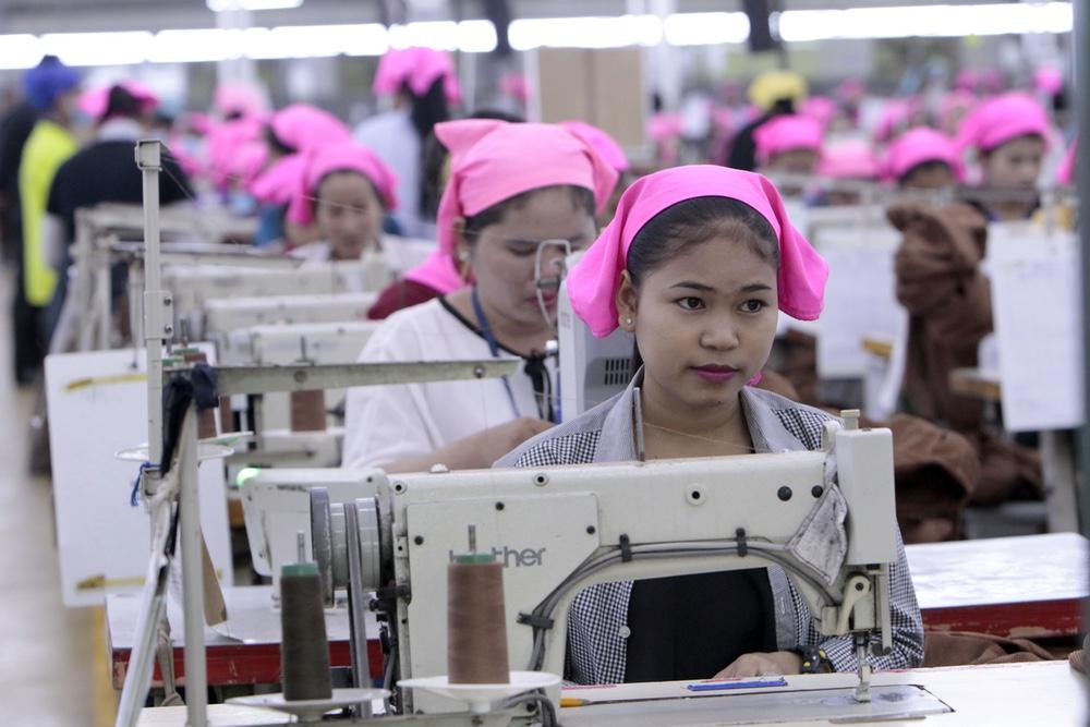 Cambodia Hun Sen Visit Workers