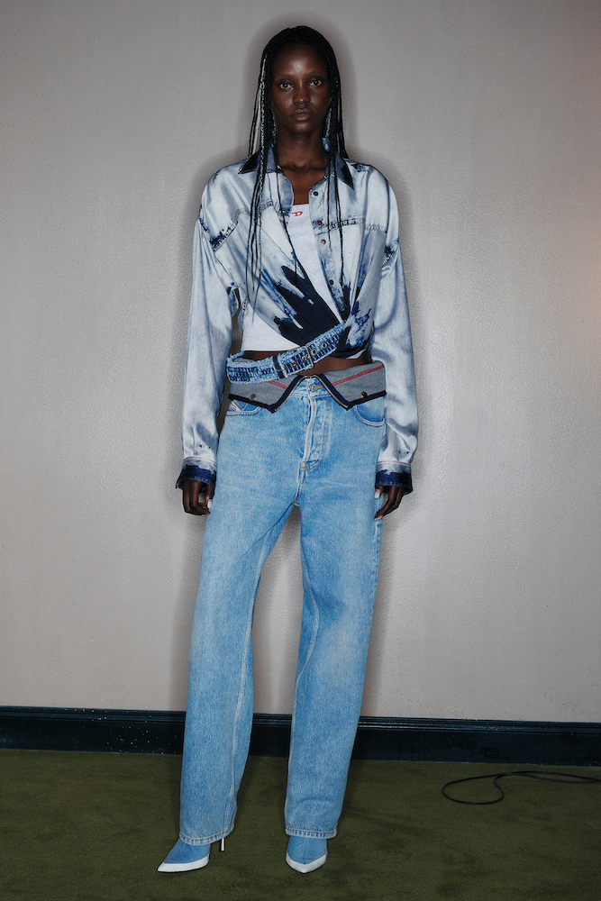 T.A. New York will exclusively offer three Spring/Summer 2022 women's runway looks designed by Diesel's Glenn Martens.