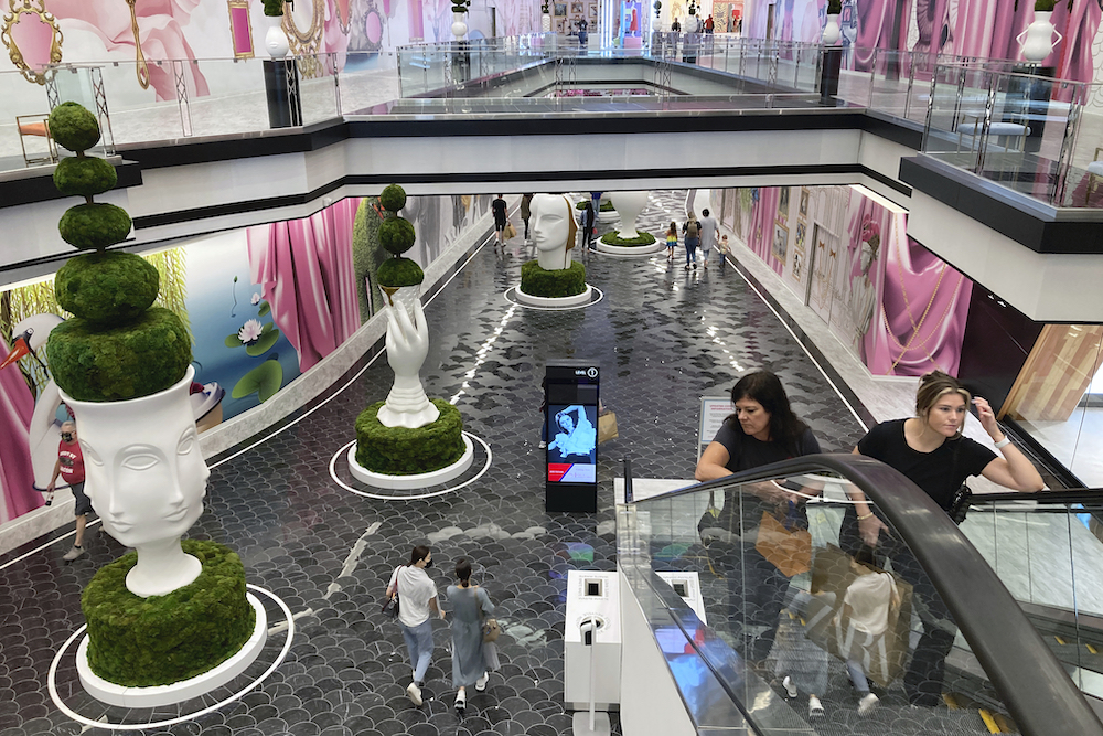 Can American Dream, the 3 million-square-foot New Jersey retail, entertainment and dining complex, revive the allure of malls?